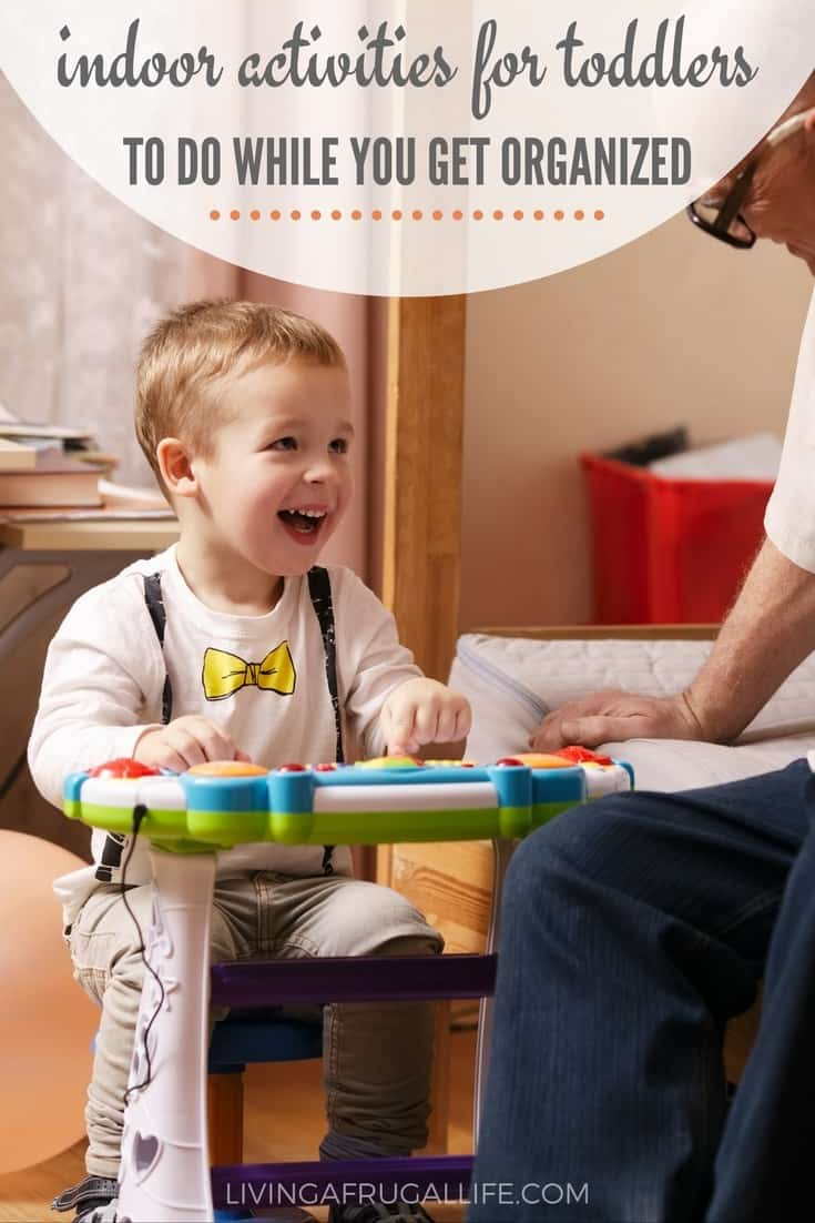 Are you looking for indoor activities for toddlers? These activities will keep them occupied while you clean, organize or anything else you need to do!