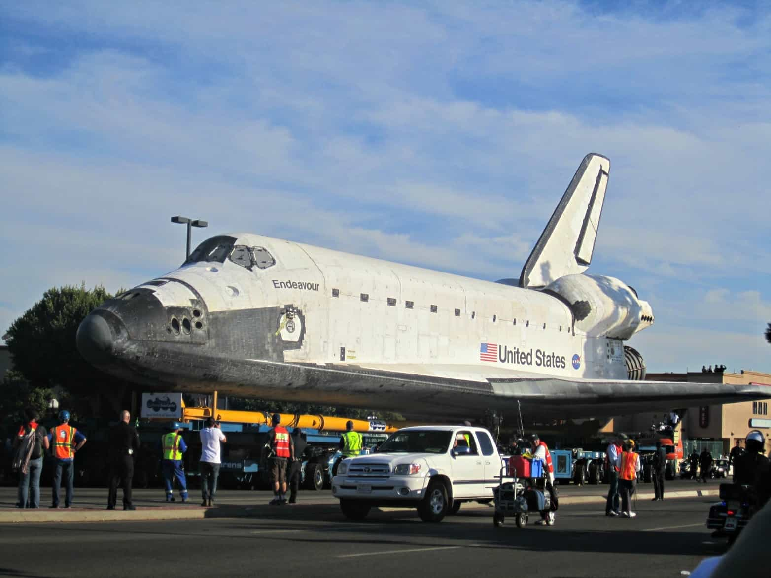where is endeavour space shuttle right now - photo #10