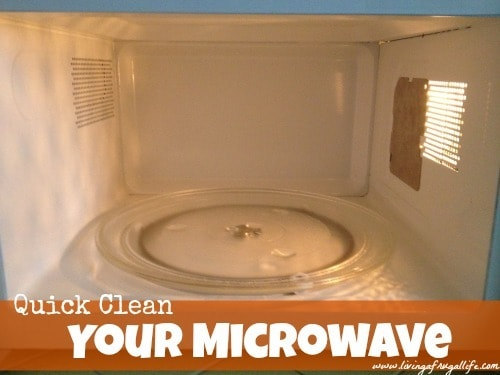 How To Quick Clean Your Microwave