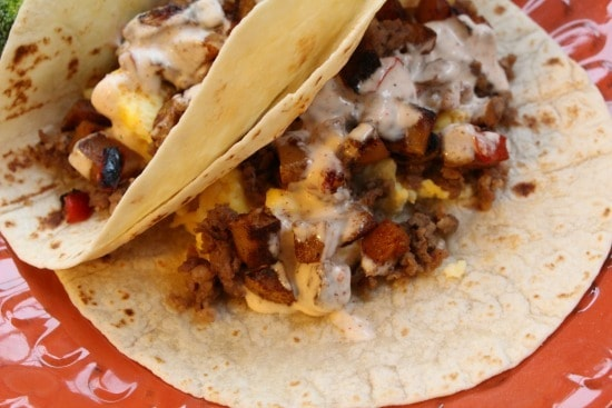 Are you looking for a quick healthy meal on the go? These southwest chicken sausage potato breakfast burritos is perfect for busy mornings!